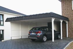 Carport mit Pfannenblende passend zum Haus