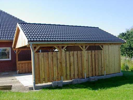 Carport Bausatz mit Satteldach, Abstellraum und Seitenverkleidung