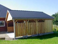 Doppelcarport mit Satteldach und Dachpfannen