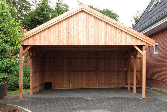 Carport Satteldach Lärche Holzblende.jpg