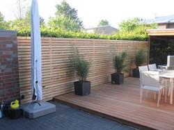 Terrasse mit Zaun Sichtschutz Fava moder