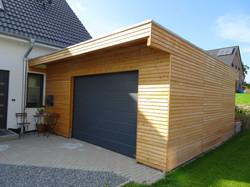 Garage Holz modern FREESE Holz anthrazit