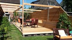 Terrasse groß mit Pergola