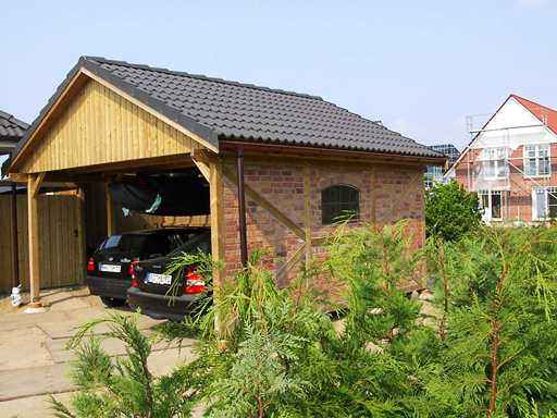Carport Fachwerk Mauerwerk mit Satteldach