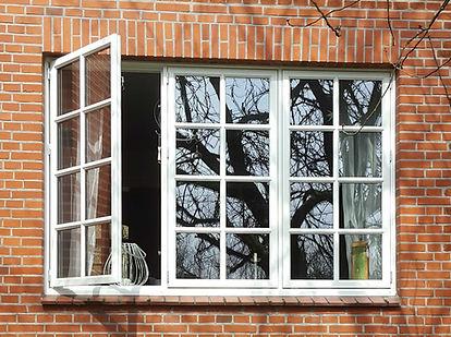 Daenisches Sprossenfenster.jpg