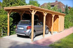 Carport mit Abstellraum Lärche Holzblende