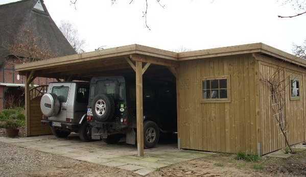 Doppelcarport mit seitlichem Abstellraum
