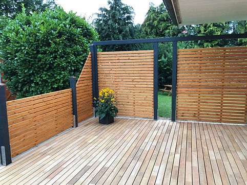 Gartengestaltung modern Zaun Terrasse FR
