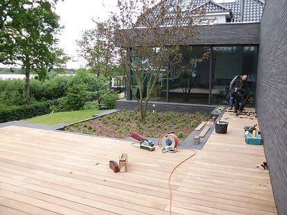 Montage Terrassen.jpg