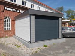 Moderne Garage FREESE Holz WPC