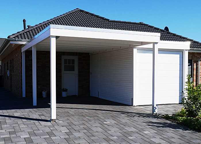 Carport modern weiß mit Garage Haustürüberdachung