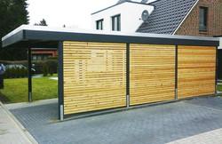 Modernes Architektencarport KLARE LINIE mit Rhombusleisten Lärche
