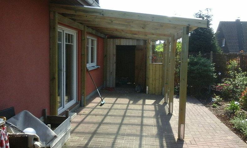 Terrassendach Holz.jpg