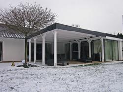 Carport als Überdachung für die Terrasse
