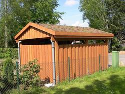 Carport Lärche Gründach mit Seitenverkle