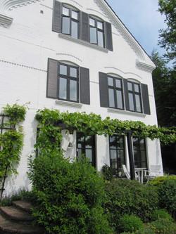 Sprossenfenster schwarz Denkmalschutz Bo