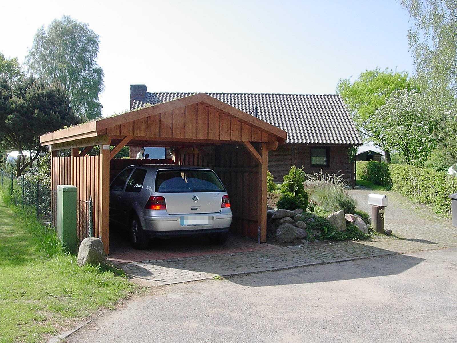 Carport Lärche Gründach Satteldach