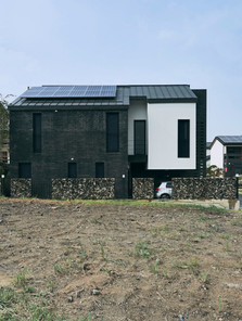 Layer House