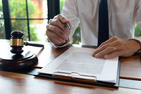 Consultation of lawyers in doing busines