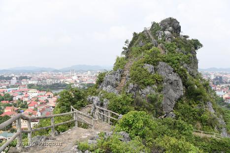 Núi Tô Thị - Thành nhà Mạc