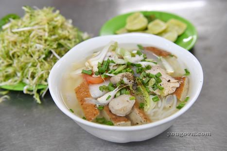 Bún cá Nha Trang - Nem nướng Ninh Hòa