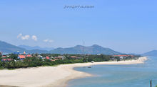 Bãi biển Lăng Cô