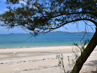 Những bãi biển của đảo Cô Tô