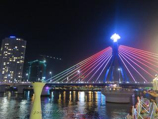Thành phố Đà Nẵng, ngày và đêm