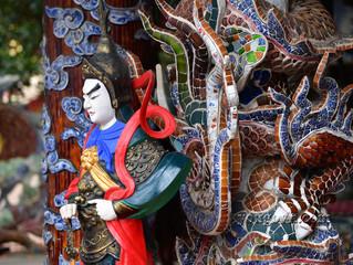Chùa Linh Phước - một ngôi chùa độc đáo