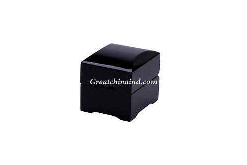 Ring Box   WOO-RIN-0002
