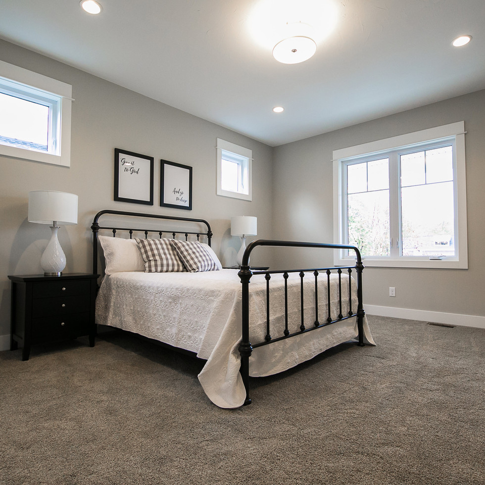 master-bedroom-2230-byron-center
