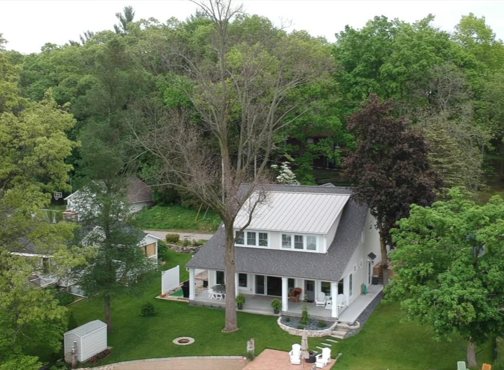Bungalow Cottage Exterior