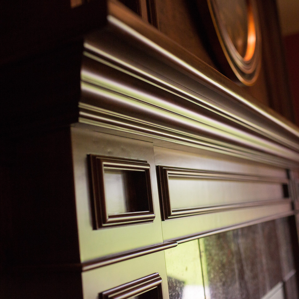 dk-homes-trim-detail-stain-mantel