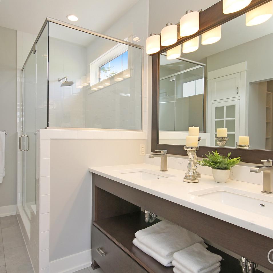 dk-homes-villas-at-whistlestop-master-bath