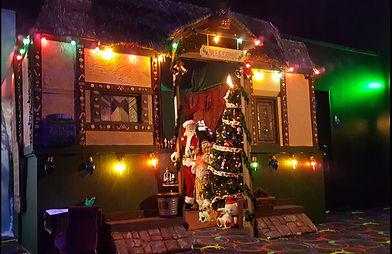 Santa_House_Set.jpg