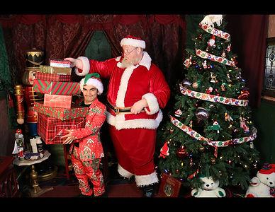 Santa's_House.jpg