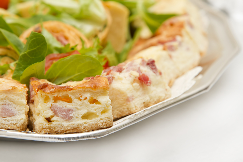 Premier quiche slices