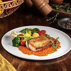 RED SNAPPER WITH BELL PEPPER SAUCE