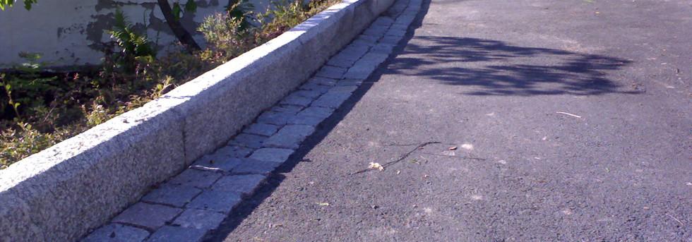 Avgrensing mot asfalt (2).jpg