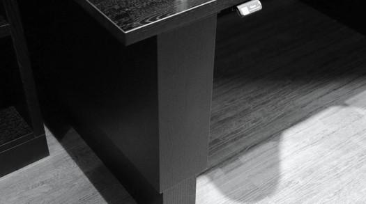 Video av Et lite kontormiljø med hev og senk bord