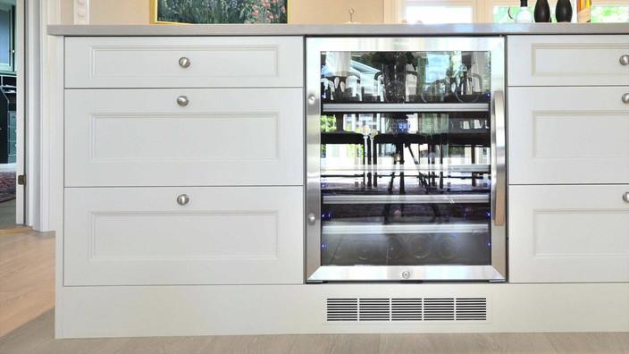 Video av Funksjonelt kjøkken i et moderne gårdshus