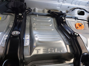 Veicoli Tesla senza segreti