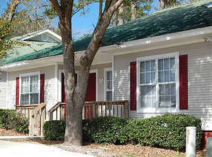 Tallahassee cottages student housing in