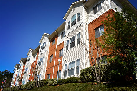 The Pavilion apartments on Pensacola street offers 1, 2, 3 and 4 bedrooms