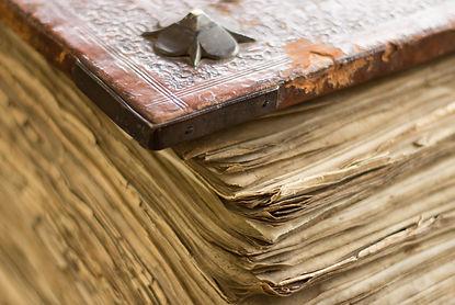 books-1246285.jpg
