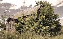 cottage-2527915_edited.jpg