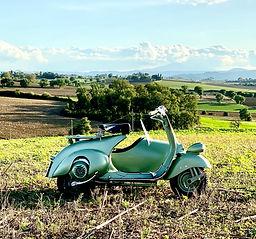 piaggio, vespa, lifestyle, sidecar, 1951, teresa, vespa teresa, nostalgic experience, toscana, tuscany, italia, italy, rent, noleggio, vintage, vintage motorcycles, moto d'epoca, 125 cc, arezzo, chianti, val d'orcia, siena, tour, turismo, tourism, holiday, day, weekend, green, cortona, wedding, wedding in italy, italian style, lifestyle, wedding car, 60s, 50s, farmhouse, tegoleto.