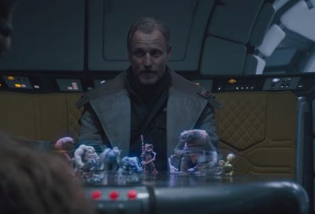 'Solo: A Star Wars Story' Clip: Holochess