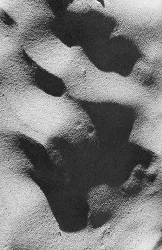 Ian Skinner, Sand_02, 2019, Matt fine art archival inkjet print, 48 x 33 cm