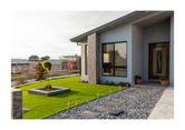 Caroline Lemerle, Throsby Dream House, 2021, Canson platine fibre rag, 420 x 297 mm, NFS